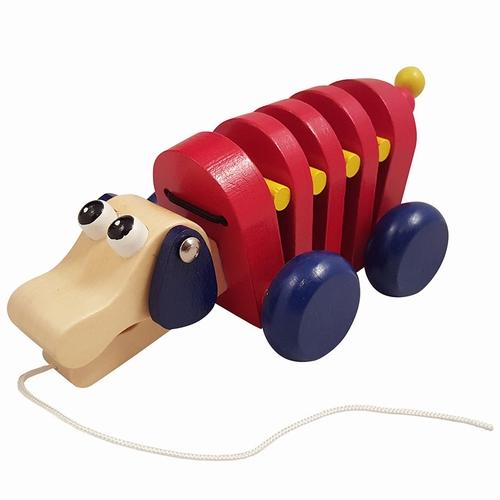 Trek hond rood met blauwe wielen